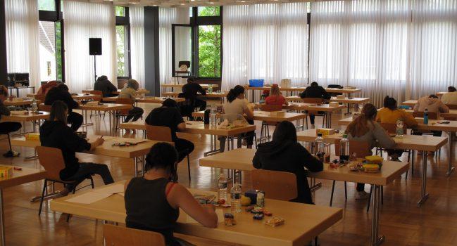 Abschlussprüfungen an der Gemeinschaftsschule Bibrisschule haben begonnen